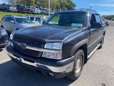 2005 Chevrolet Avalanche for sale at Ball Pre-owned Auto in Terra Alta WV