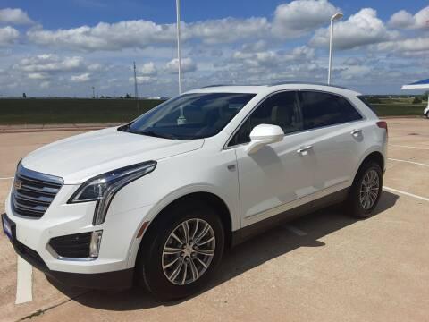 2018 Cadillac XT5 for sale at JOHN HOLT AUTO GROUP, INC. in Chickasha OK