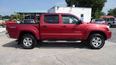 2005 Toyota Tacoma for sale at G AND J MOTORS in Elkin NC