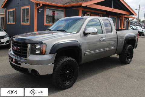2009 GMC Sierra 2500HD for sale at Sabeti Motors in Tacoma WA