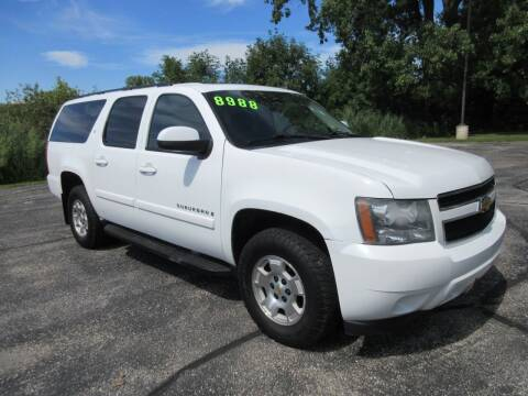 2008 Chevrolet Suburban for sale at Fox River Motors, Inc in Green Bay WI