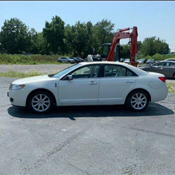 2012 Lincoln MKZ for sale at Autobahn Motor Group in Willow Grove PA