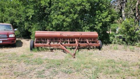IH 16 ' Grain Drill for sale at CLASSIC MOTOR SPORTS in Winters TX