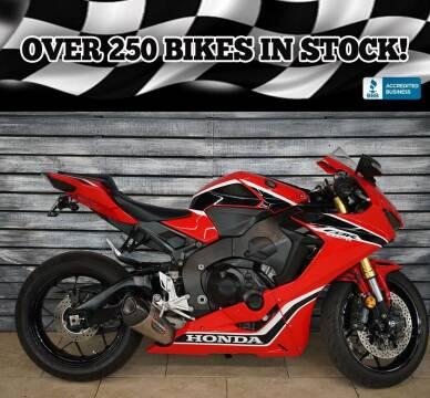 2017 Honda CBR1000RR for sale at AZMotomania.com in Mesa AZ