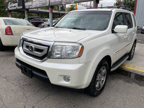 2011 Honda Pilot for sale at Gallery Auto Sales in Bronx NY