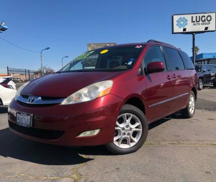 2006 Toyota Sienna for sale at LUGO AUTO GROUP in Sacramento CA