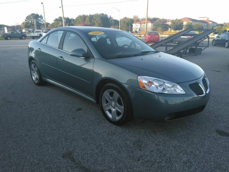 2009 Pontiac G6 for sale at Kelly & Kelly Supermarket of Cars in Fayetteville NC