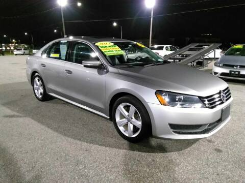 2013 Volkswagen Passat for sale at Kelly & Kelly Supermarket of Cars in Fayetteville NC