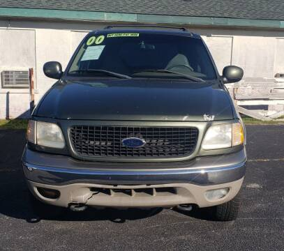 2000 Ford Expedition for sale at DRIVEhereNOW.com in Greenville NC