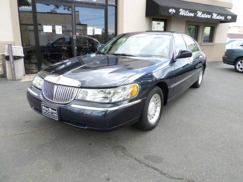 2000 Lincoln Town Car for sale at Wilson-Maturo Motors in New Haven Ct CT
