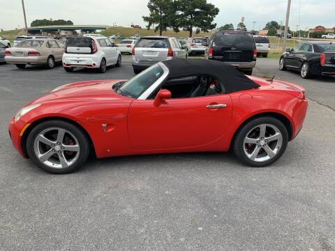 2009 Pontiac Solstice for sale at BRYANT AUTO SALES in Bryant AR