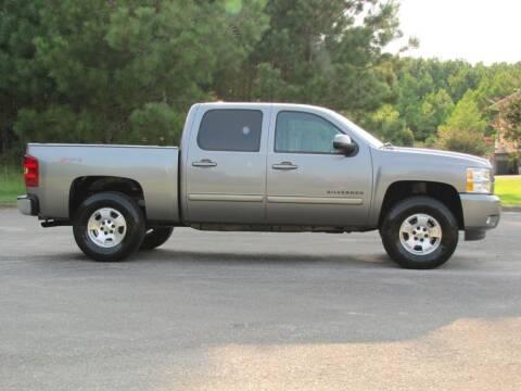 2013 Chevrolet Silverado 1500 for sale at Hometown Auto Sales - Trucks in Jasper AL