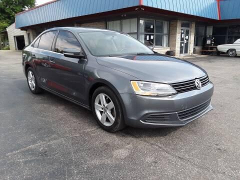 2014 Volkswagen Jetta for sale at Cruisin' Auto Sales in Madison IN