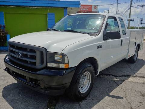 2004 Ford F-250 Super Duty for sale at Autos by Tom in Largo FL