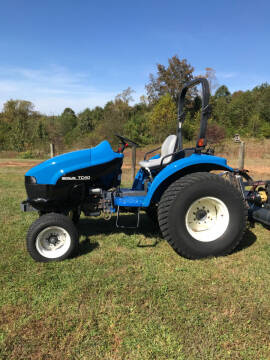 2000 New Holland TC40 for sale at Mathews Turf Equipment in Hickory NC