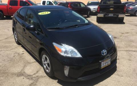 2012 Toyota Prius for sale at JR'S AUTO SALES in Pacoima CA