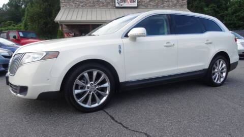 2012 Lincoln MKT for sale at Driven Pre-Owned in Lenoir NC