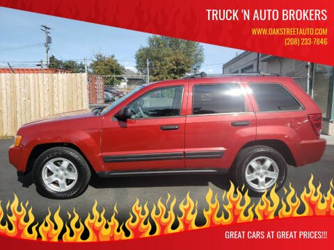 2005 Jeep Grand Cherokee for sale at Truck 'N Auto Brokers in Pocatello ID