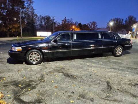 2007 Lincoln Town Car for sale at Savior Auto in Independence MO