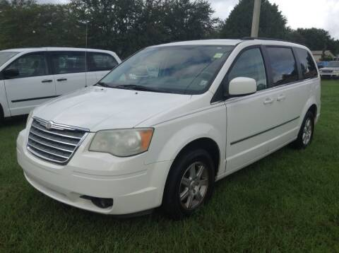 2009 Chrysler Town and Country for sale at CARZ4YOU.com in Robertsdale AL