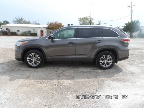 2014 Toyota Highlander for sale at Town and Country Motors in Warsaw MO