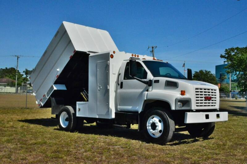 2004 GMC C6500 for sale at American Trucks and Equipment in Hollywood FL