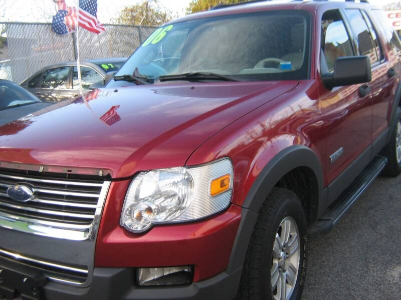 2006 Ford Explorer for sale at JERRY'S AUTO SALES in Staten Island NY