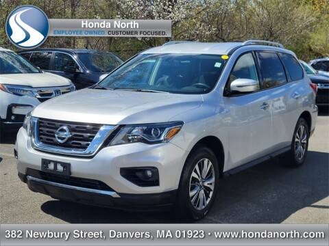 2018 Nissan Pathfinder for sale at 1 North Preowned in Danvers MA