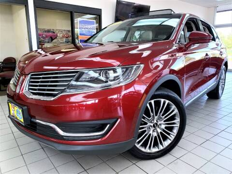 2017 Lincoln MKX for sale at SAINT CHARLES MOTORCARS in Saint Charles IL