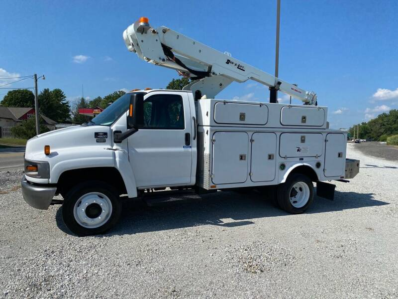 2007 Chevrolet C4500 for sale at MOES AUTO SALES in Spiceland IN
