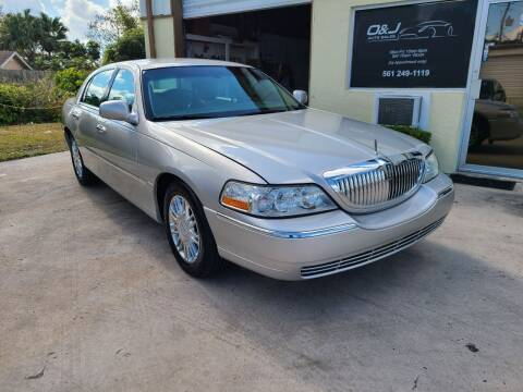 2008 Lincoln Town Car for sale at O & J Auto Sales in Royal Palm Beach FL