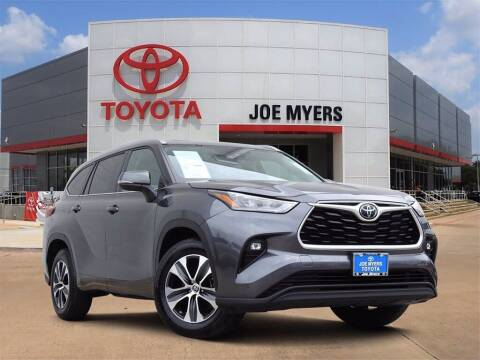 2020 Toyota Highlander for sale at Joe Myers Toyota PreOwned in Houston TX