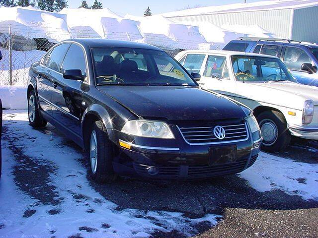 2004 Volkswagen Passat for sale at VOA Auto Sales in Pontiac MI