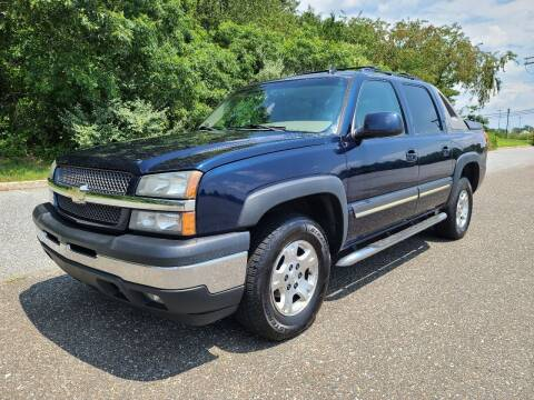 2006 Chevrolet Avalanche for sale at Premium Auto Outlet Inc in Sewell NJ