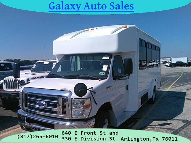 2015 Ford E-Series Chassis for sale in Arlington, TX