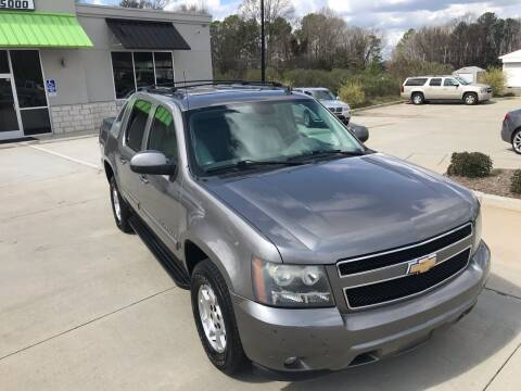 2008 Chevrolet Avalanche for sale at Cross Motor Group in Rock Hill SC