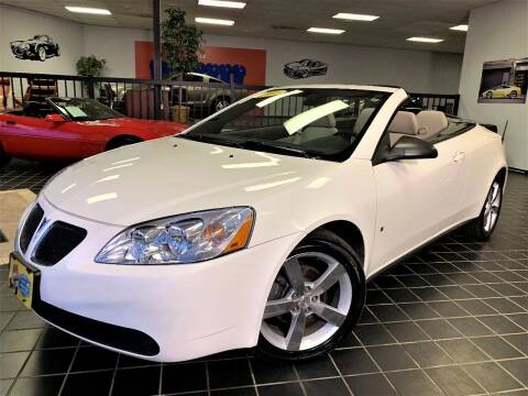 2007 Pontiac G6 for sale at SAINT CHARLES MOTORCARS in Saint Charles IL