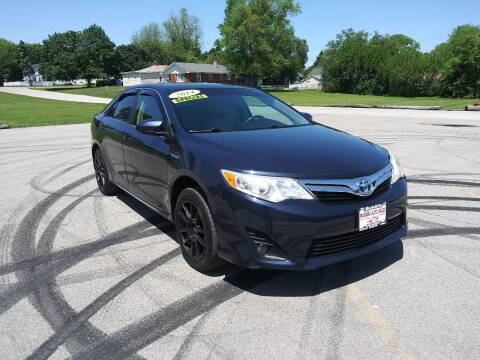 2014 Toyota Camry Hybrid for sale at Magana Auto Sales Inc in Aurora IL