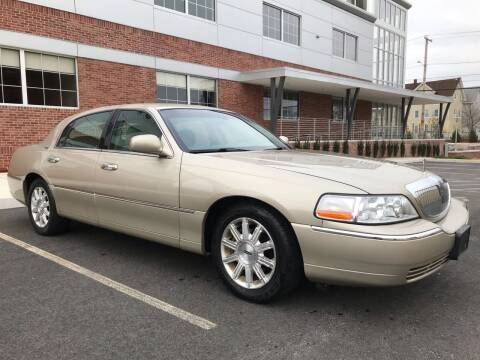 2006 Lincoln Town Car for sale at Fournier Auto and Truck Sales in Rehoboth MA