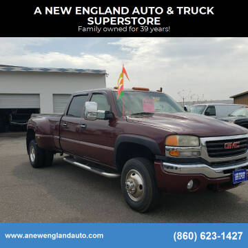 2003 GMC Sierra 3500 for sale at A NEW ENGLAND AUTO & TRUCK SUPERSTORE in East Windsor CT