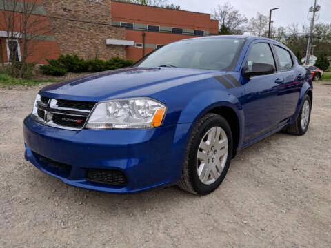 2014 Dodge Avenger for sale at DILLON LAKE MOTORS LLC in Zanesville OH