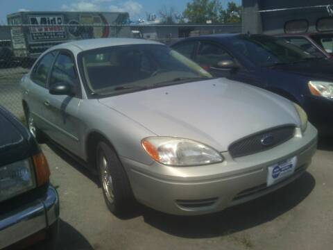 2005 Ford Taurus for sale at New Start Motors LLC - Crawfordsville in Crawfordsville IN