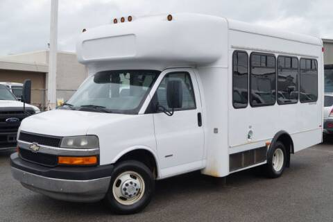 2008 Chevrolet Express Cutaway for sale at Next Ride Motors in Nashville TN