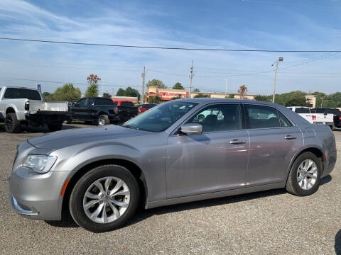 2016 Chrysler 300 for sale at Safeway Auto Sales in Horn Lake MS