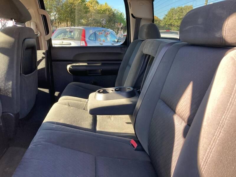 2007 Chevrolet Silverado 1500 LT1 4dr Crew Cab 5.8 ft. SB - Houston TX