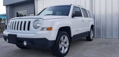 2013 Jeep Patriot for sale at Mr Cars LLC in Houston TX