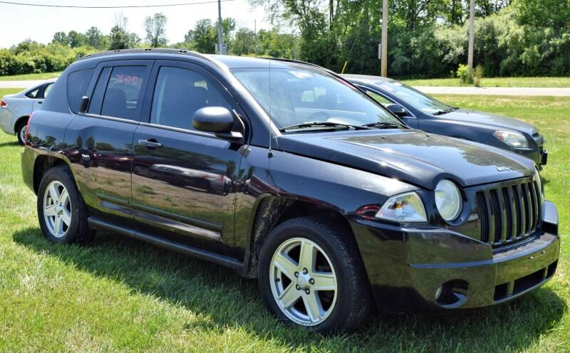 2010 Jeep Compass for sale at PINNACLE ROAD AUTOMOTIVE LLC in Moraine OH