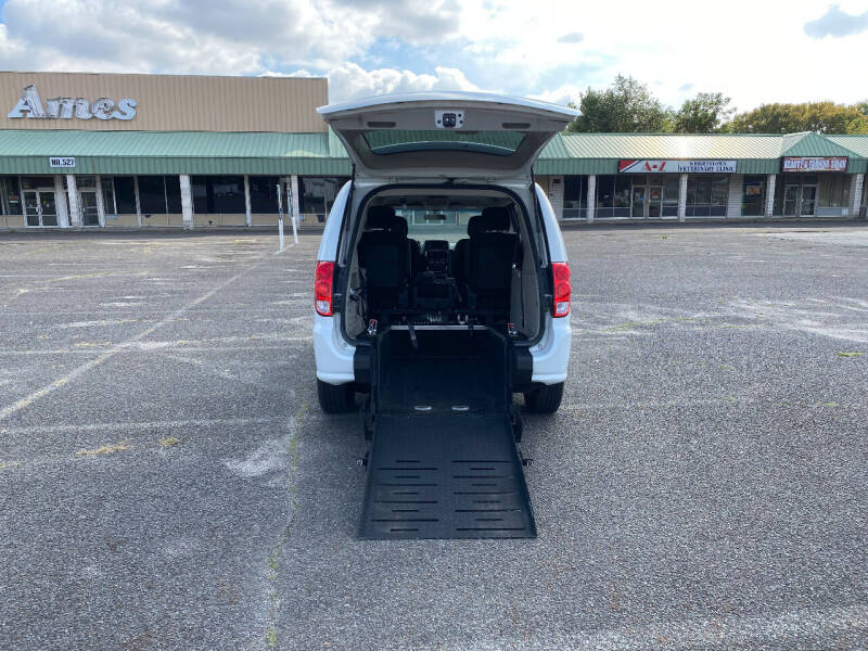 2018 Dodge Grand Caravan for sale at BT Mobility LLC in Wrightstown NJ
