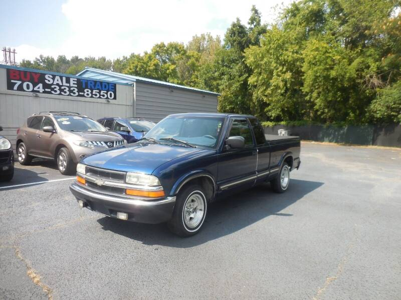 2002 Chevrolet S-10 for sale at Uptown Auto Sales in Charlotte NC