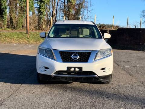 2013 Nissan Pathfinder for sale at Car ConneXion Inc in Knoxville TN